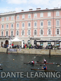 Trieste-1-canoe-up
