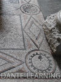 Trieste-2-mosaici-up