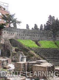 Trieste-2-teatro-romano-up