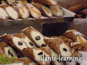 シチリアを代表するお菓子cannolo