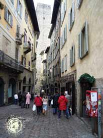 Bergamo-9-up